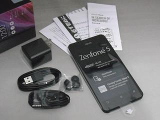ZenFone 5付属品